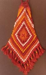 Batik auf Makramee Tasche