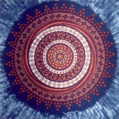 Indischer genüpfte Spitze / Batik auf weisse Spitzen