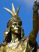 statue-43359__180