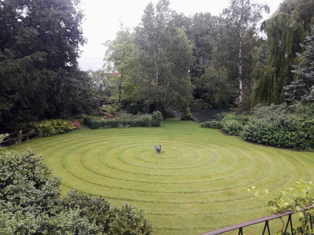Garten mit Weiher